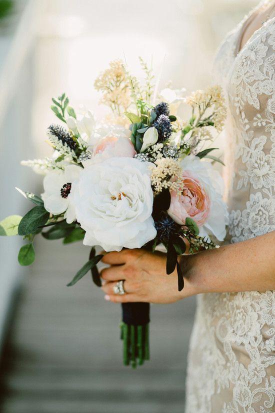 Форма букета для невесты в августе, для наташи ростовой