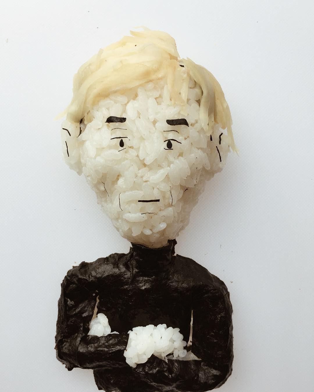 Хлопець робить круті скульптури з суші, і таку красу аж шкода їсти - фото 403381
