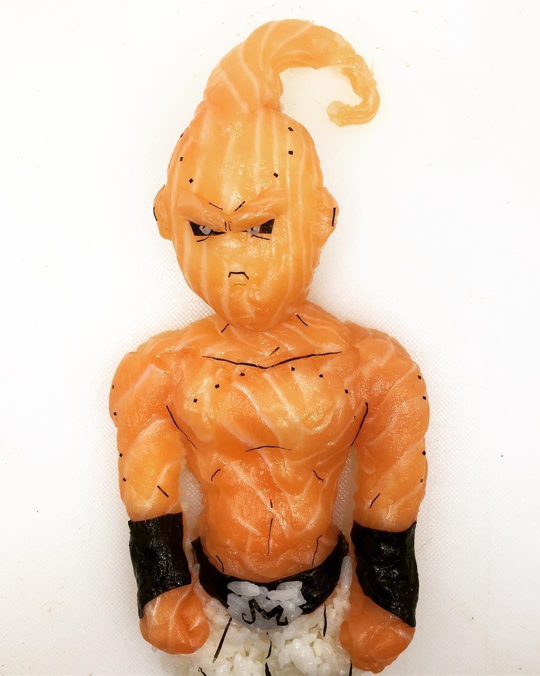 Хлопець робить круті скульптури з суші, і таку красу аж шкода їсти - фото 403391