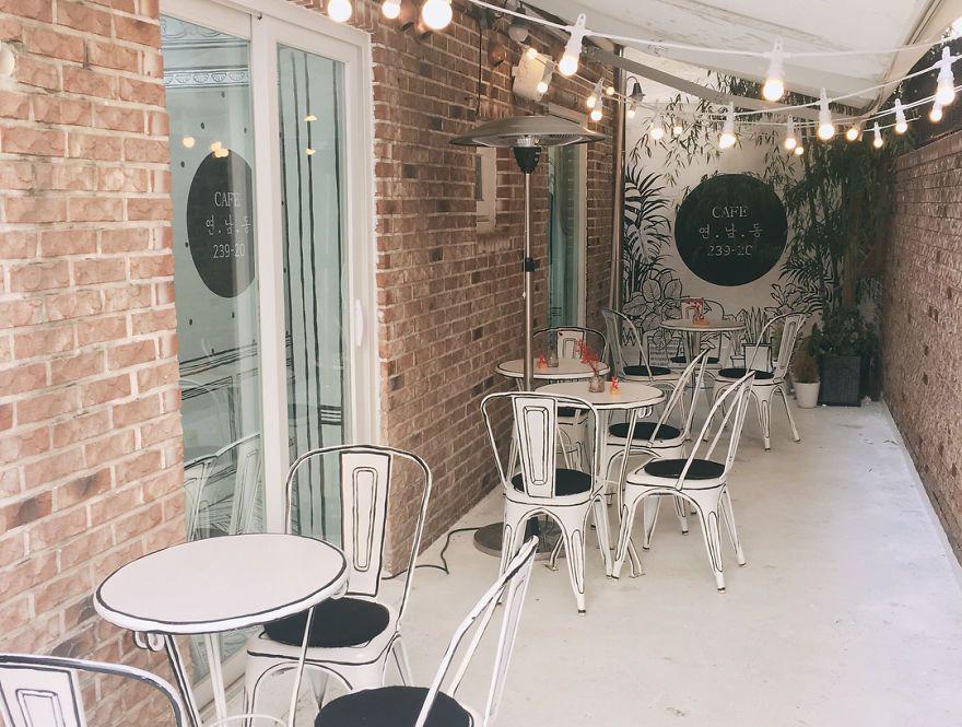 Такого ще не було: відкрили кафе, в якому здається, наче ти всередині мультика - фото 404759