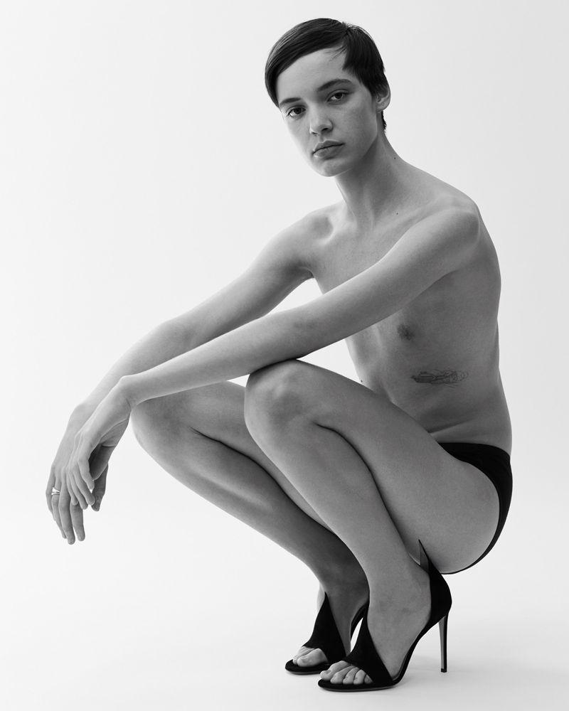 Італійські дизайнери створили туфлі на каблуках спеціально для чоловіків - фото 405425