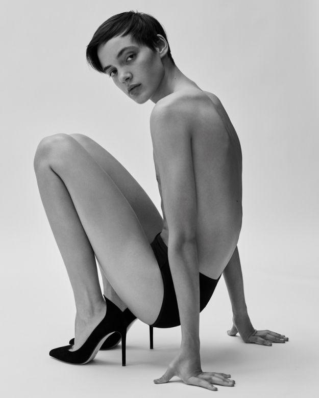 Італійські дизайнери створили туфлі на каблуках спеціально для чоловіків - фото 405426