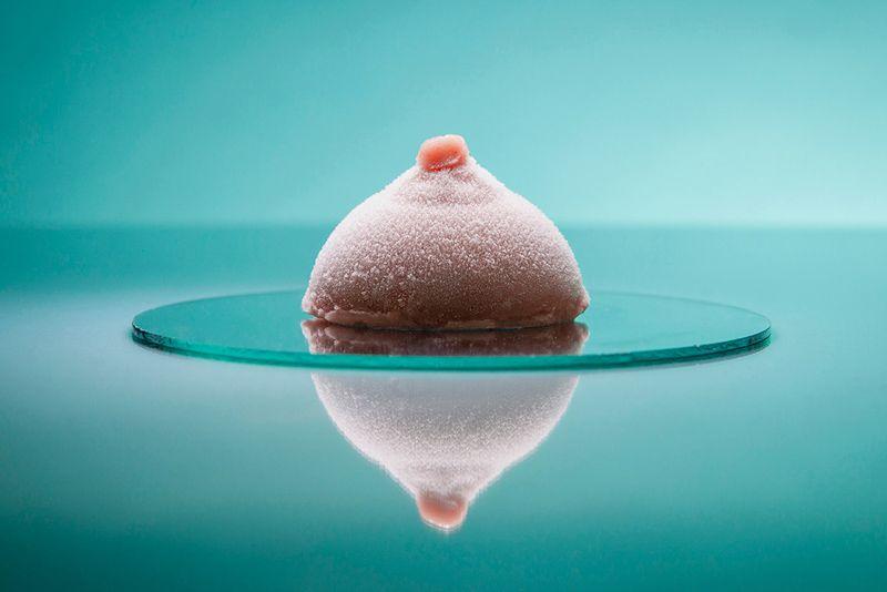 Создали мороженое в виде груди - оно такое реалистичное, что ты покраснеешь - фото 405444