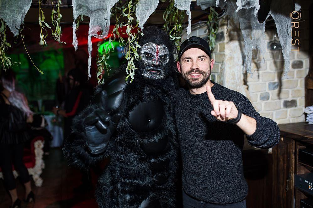 Украинские звезды развлеклись на знаменитой хеллоуинской вечеринке Николая Тищенко - фото 410321