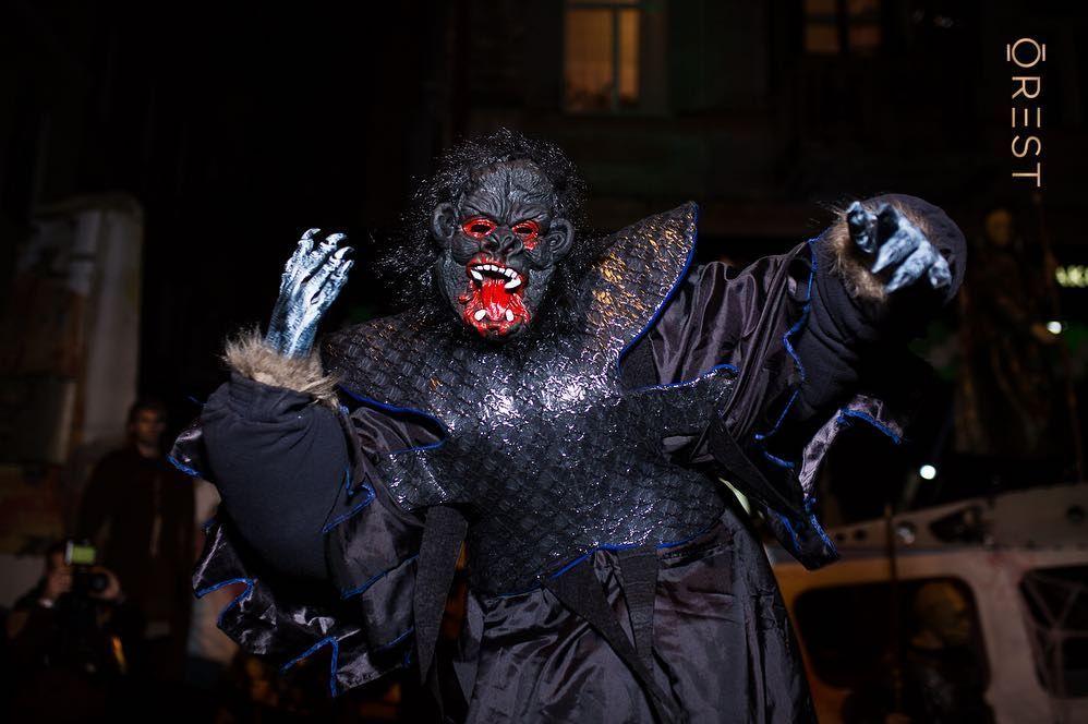 Украинские звезды развлеклись на знаменитой хеллоуинской вечеринке Николая Тищенко - фото 410328
