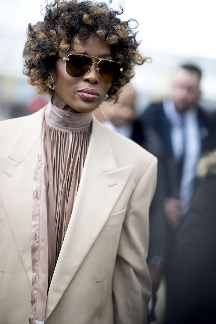 О, эта высокая мода: уличный стиль-вдохновение на улицах Парижа - фото 419576