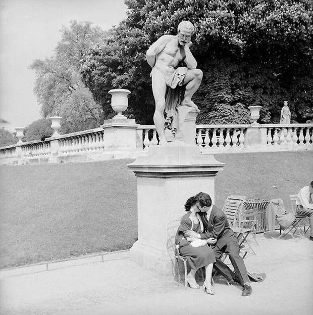 Французский фотограф, который мастерски ловит юмор в объективе, поразил мир - фото 425226