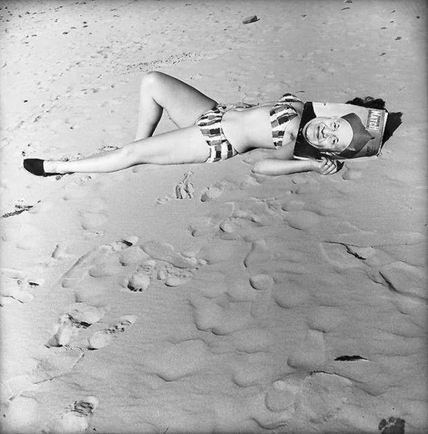 Французский фотограф, который мастерски ловит юмор в объективе, поразил мир - фото 425236