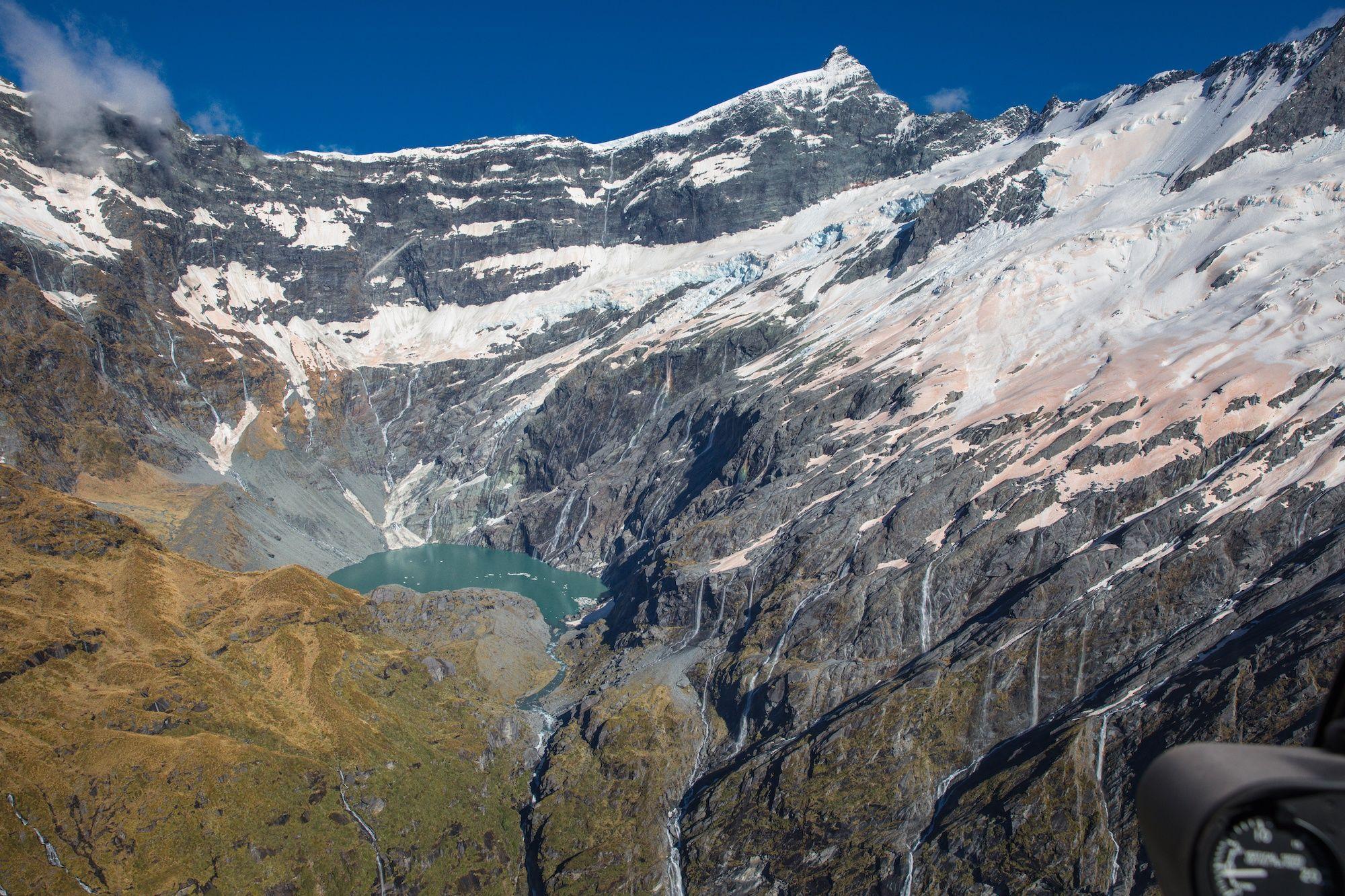 Фото дня: льодовики в Новій Зеландії почервоніли - фото 460672