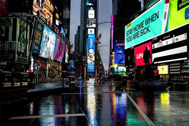 Сильні кадри: фотопроєкт про те, як виглядають опустілі вулиці мегаполісів - фото 472195