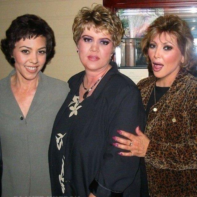 Фотошоп перетворив голлівудських зірок у звичайних людей зі смішними зачісками й одягом - фото 483415