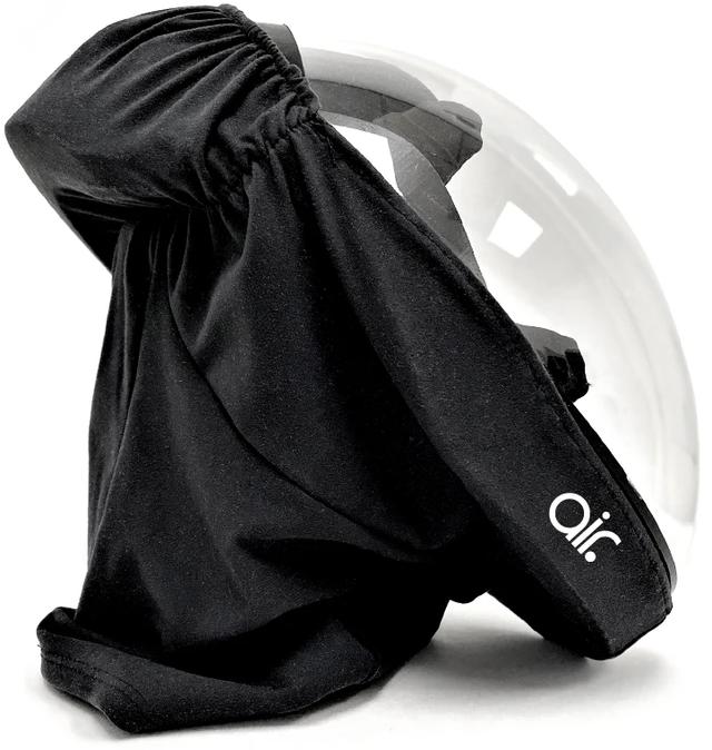 Дизайнери показали новий захисний шолом від коронавірусу, але люди відреагували мемами - фото 491988