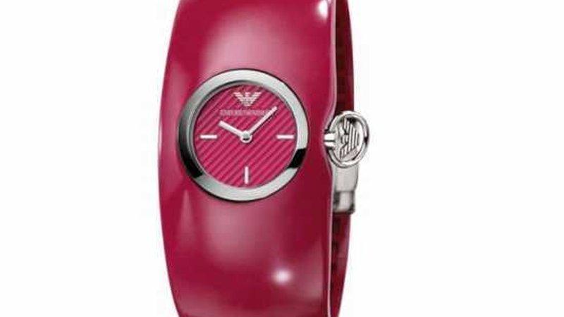 Розовые часы армани