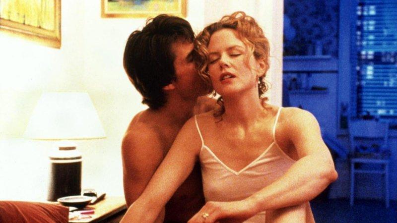 filmi-s-elementami-seksa-i-erotiki