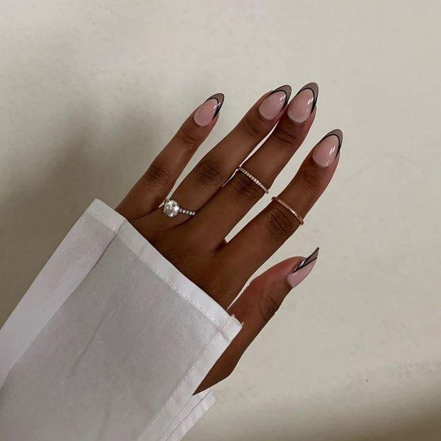 Опять за старое: накладные ногти - модная фишка этого сезона - фото 495509