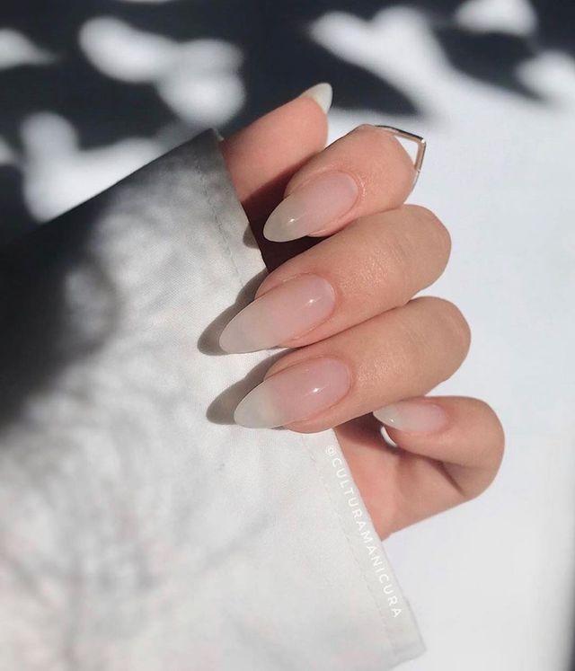 Опять за старое: накладные ногти - модная фишка этого сезона - фото 495512