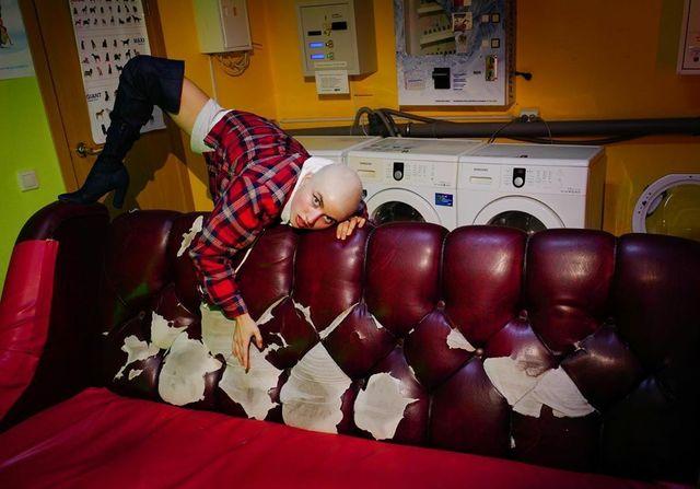 Jerry Heil розповіла, навіщо зробила «лису» зачіску - фото 496063