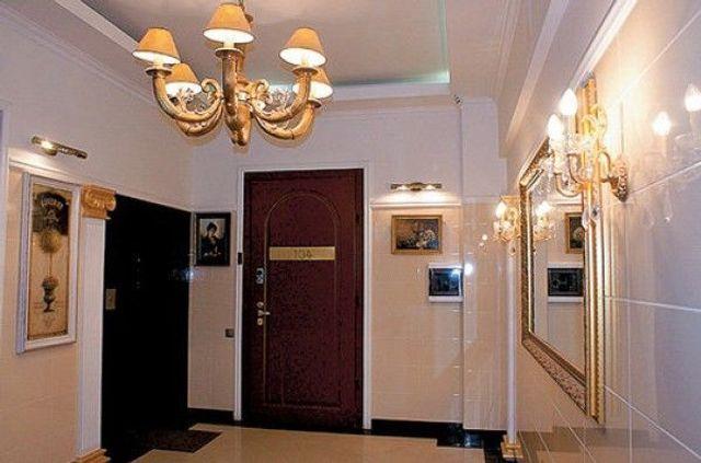 В сети впервые показали квартиру Андрея Данилко, и у него настоящие хоромы - фото 496959